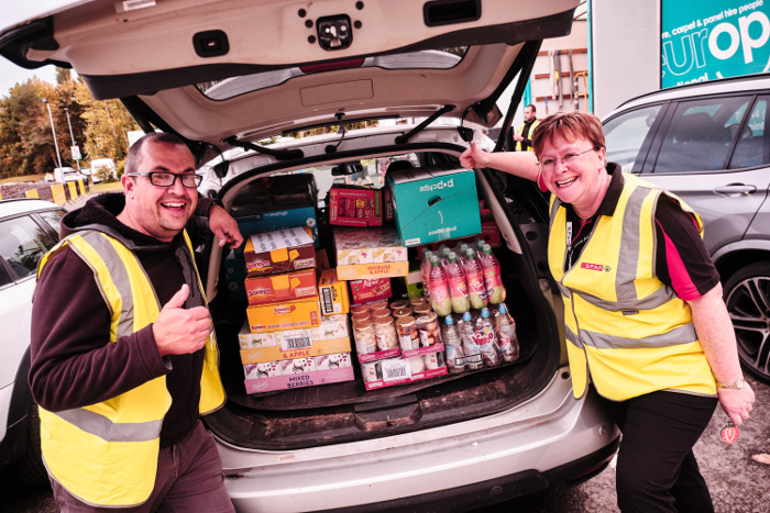 SPAR Retail Show foodbank donation