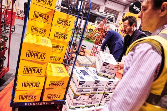 SPAR Retail Show foodbank donation