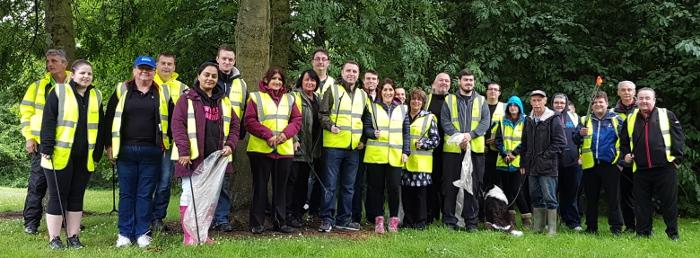 A.F._Blakemore_volunteers_at_Fibbersley