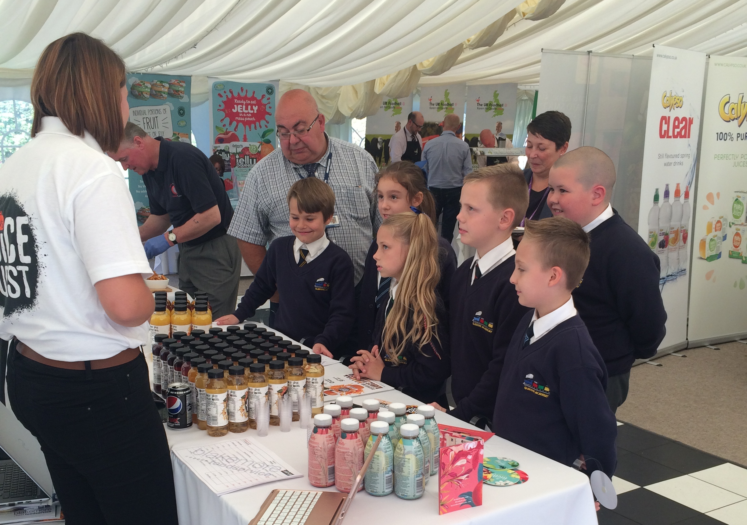 Foodservice_trade_show_Glascote_Academy_pupils