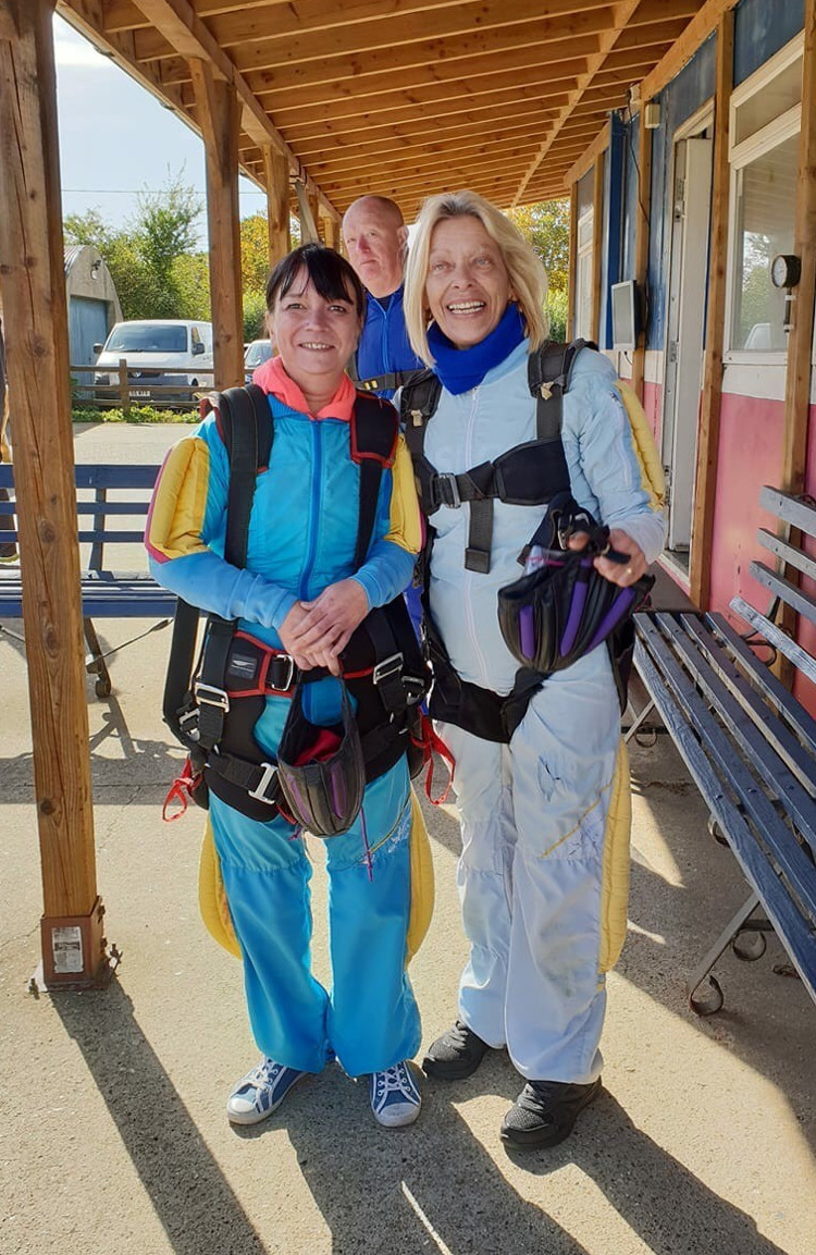 Trudy_and_Jeanette_Big_Skydive